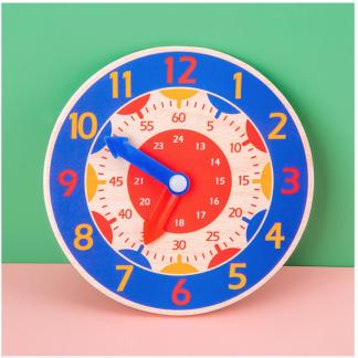 שעון משחק מעץ לתרגול קריאת שעון