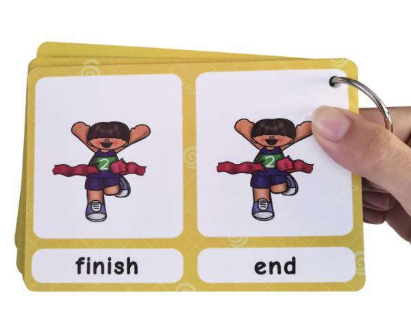 קלפים להרחבת אוצר המילים באנגלית מיליםנרדפות
